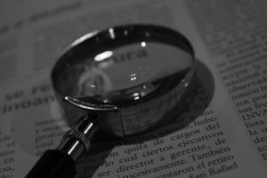 magnifying-glass-975633_1920