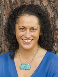 Elana Curtis